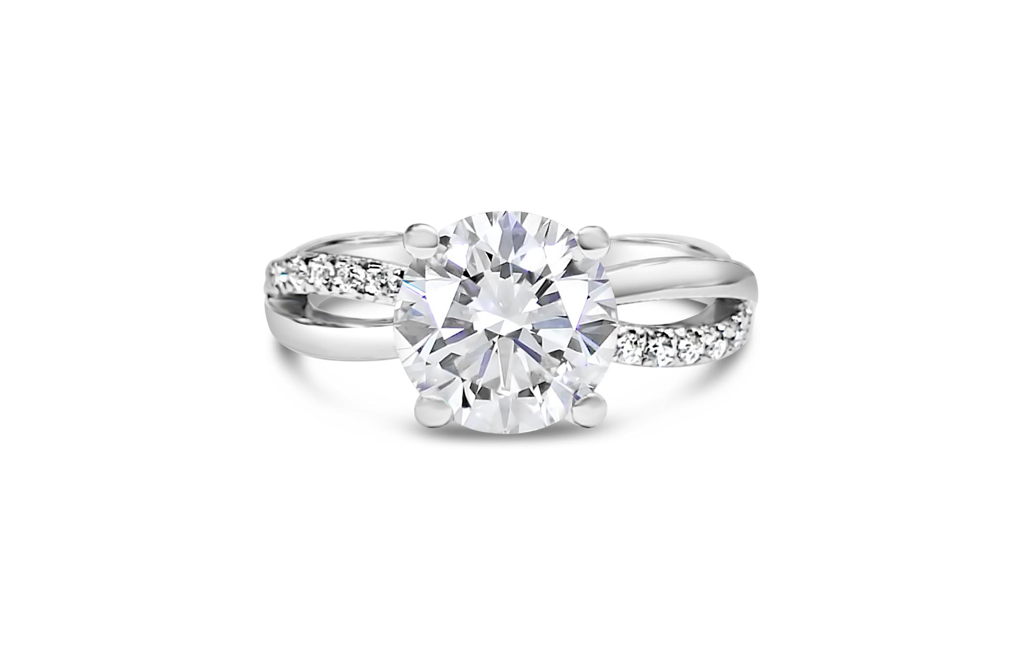 莫桑石戒指