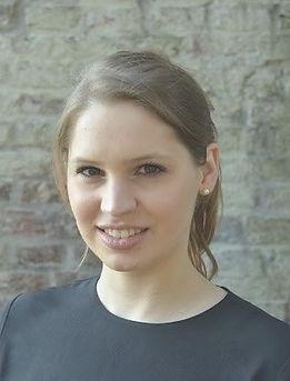Profilbild_NadineStrauß_2_bearbeitet_bea