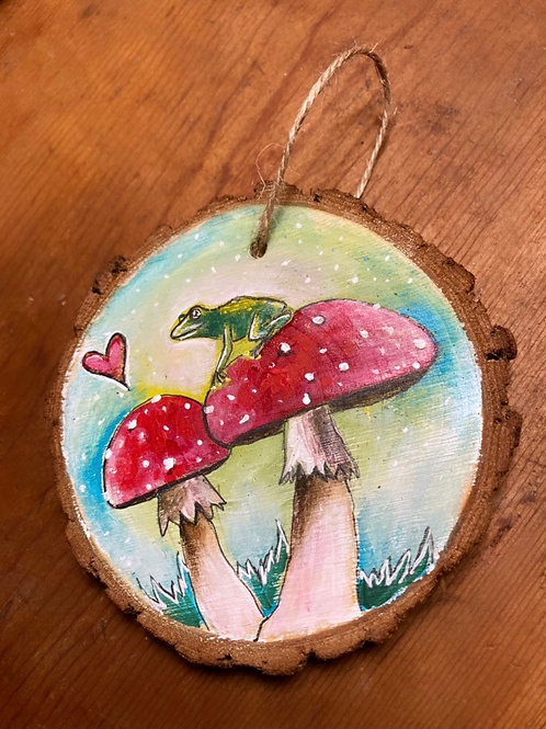 "4"" Frog Mushroom Ornament"