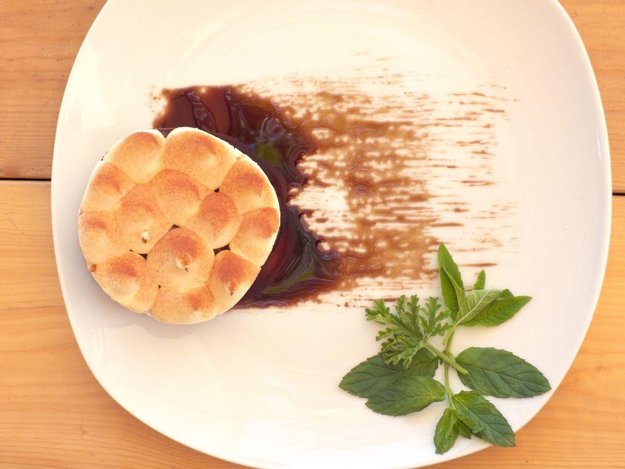 דודיס בר קישים ועוגות