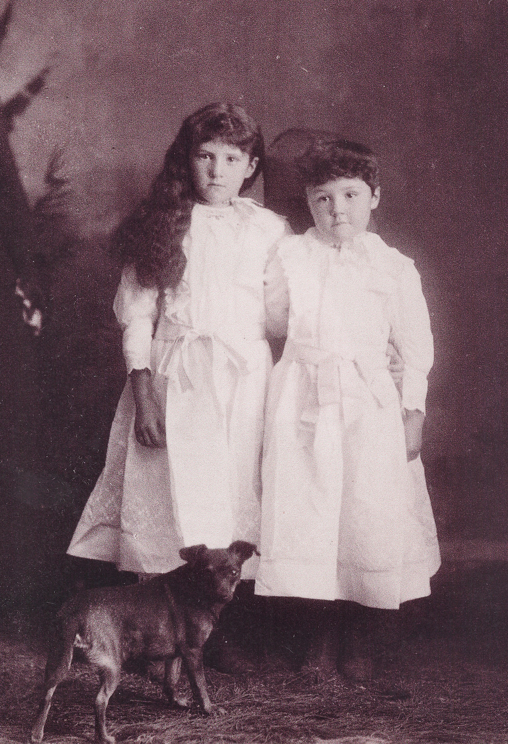 Getha and Jennie Munds, Photo courtesy of Frank Benedict, the Pinewood News