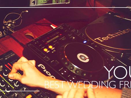 Mezclado o en vivo: define el beat de tu boda