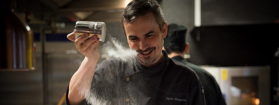 the-brand-chef-of-the-kabuki-restaurant-