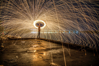 photo-of-person-doing-steel-wool-photogr