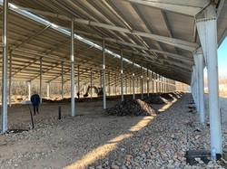 300 férőhelyes istálló építés