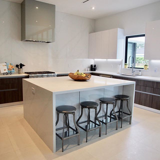 Staging kitchens is more about less._Sta