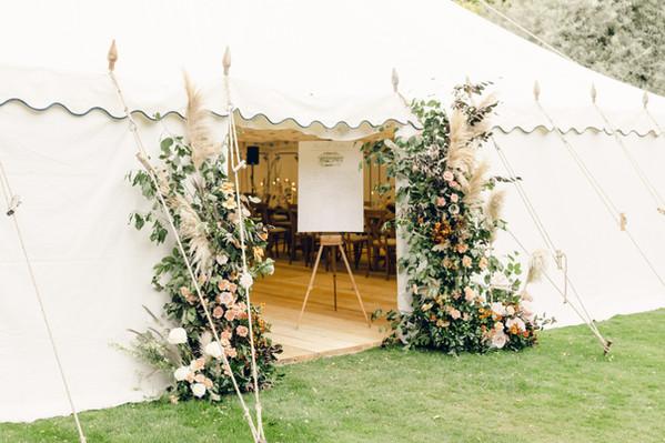 Lucy_Davenport_Photography_Magaldi_Wedding_Day_Cornwell_Manor_Colour-408.jpg