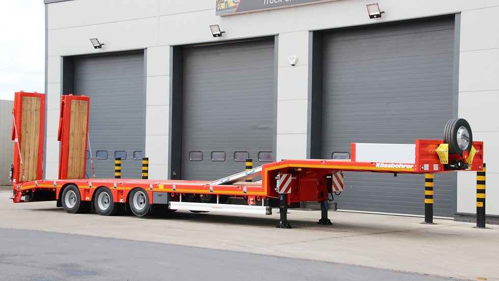 Kassbohrer Tri Axle Non-Extendable Rear Steer Low Loader 52800GVW (New / Unused)
