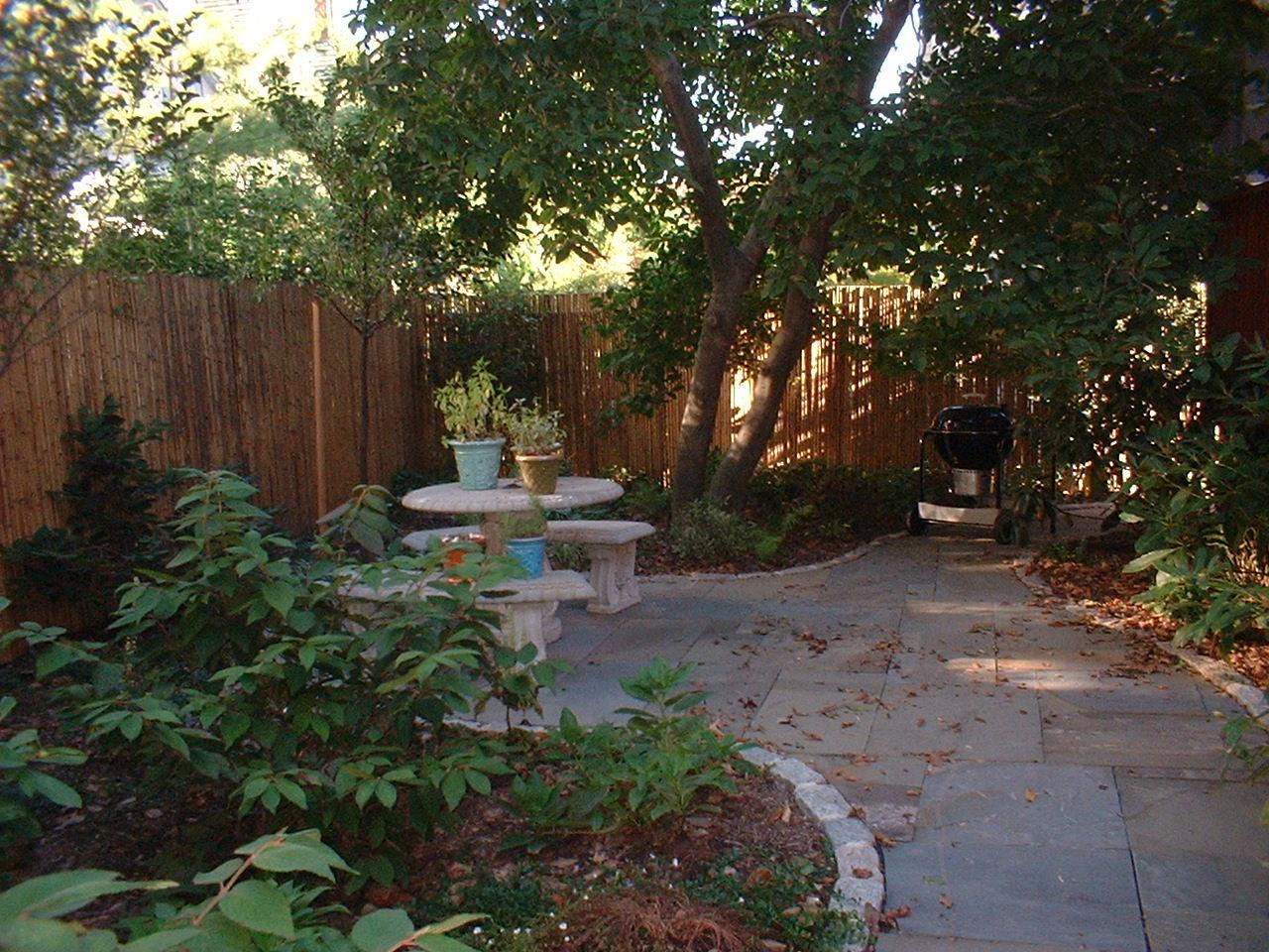 patio outside.JPG