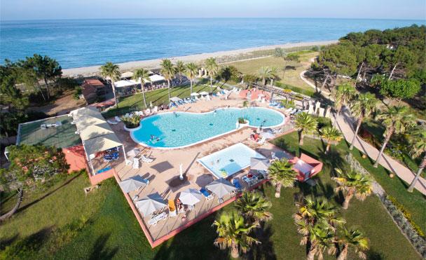 belambra-borgo-piscine-solarium-BORG1231