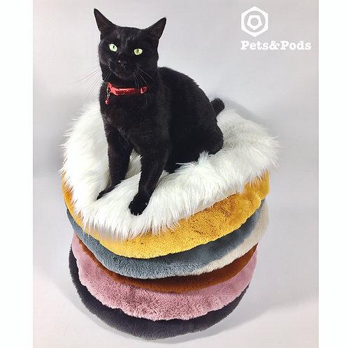 Extremely soft cushion diameter 60 cm.