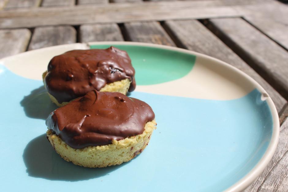 Easy to make vegan jaffa cakes