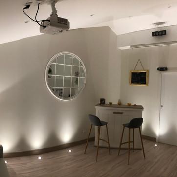 Transformation d'un garage en sdb & salle de cinéma
