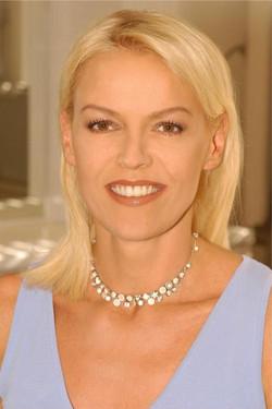Katja Stauber Moderatorin SRF
