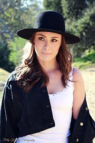 Katana Singer 2018 Hat.png