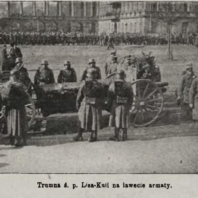 Z pogrzebu majora Lisa- Kuli