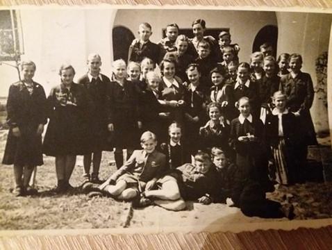 Szkoła powszechna w Tomaszowie
