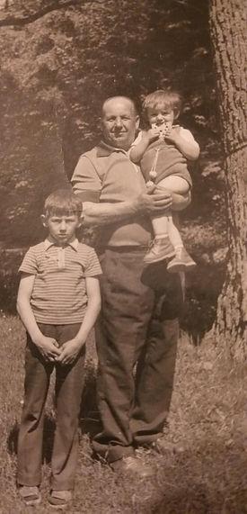 021 Jan Typa z wnukami, Waldemarem i Jar