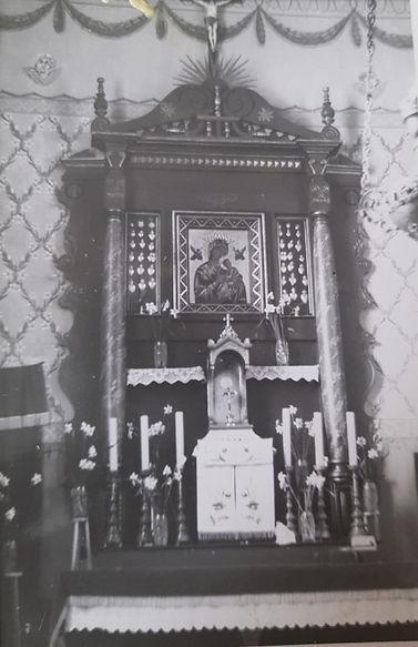 019 Ołtarz główny w siedliskim kościele.