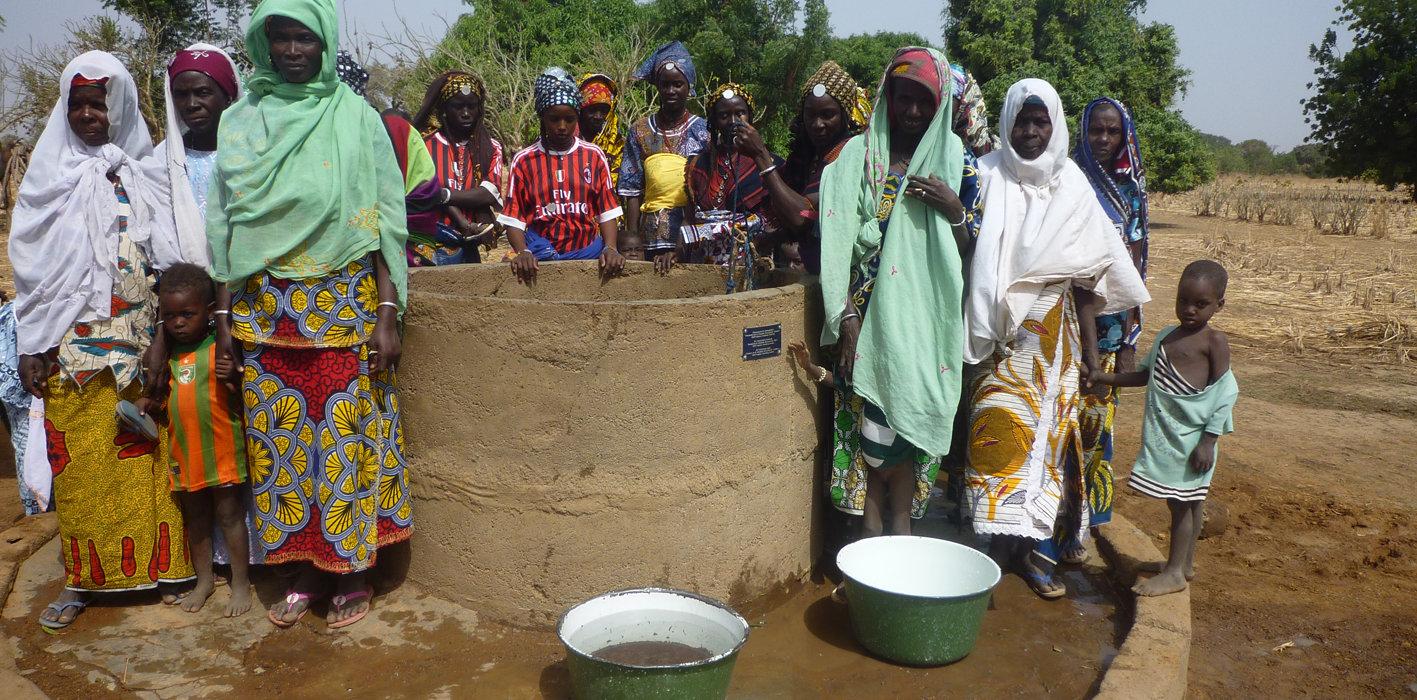 Neue Brunnen in Burkina Faso.jpg