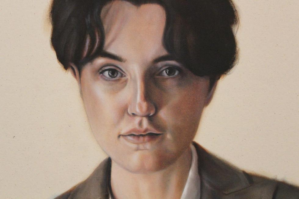 Portrait 10 (short hair, brown jacket)