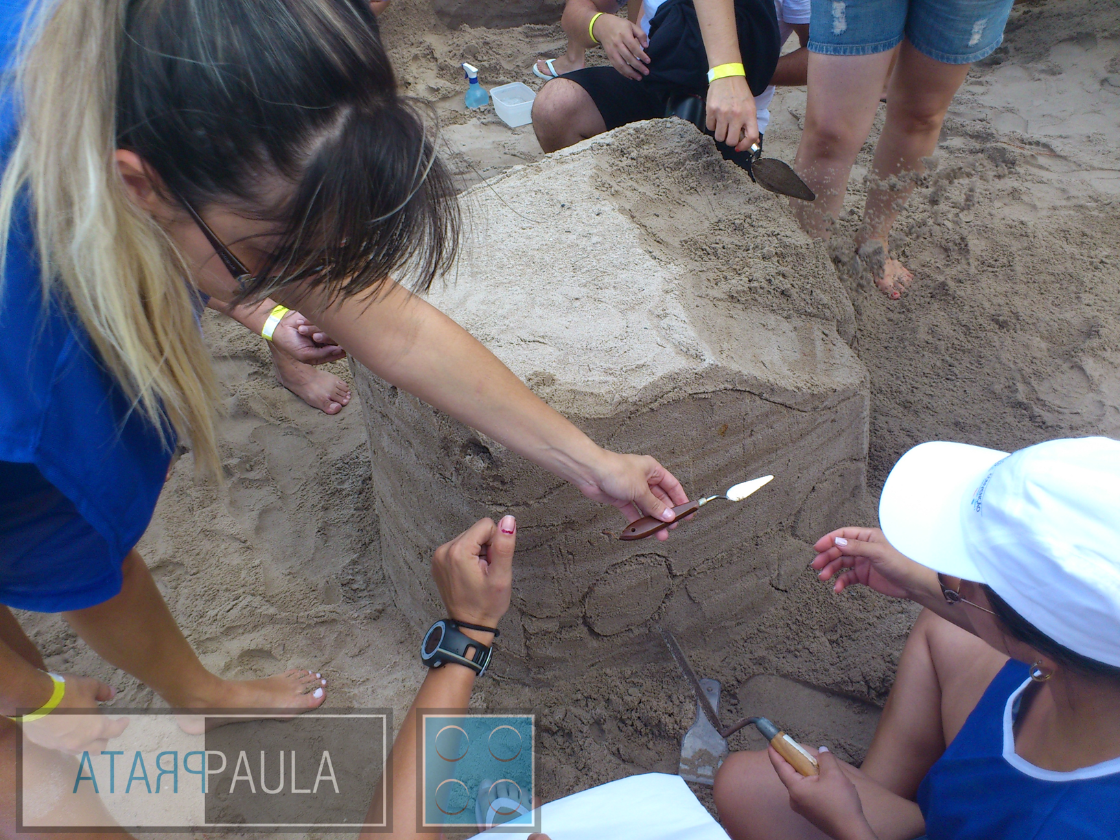 Atividade com escultura em Areia