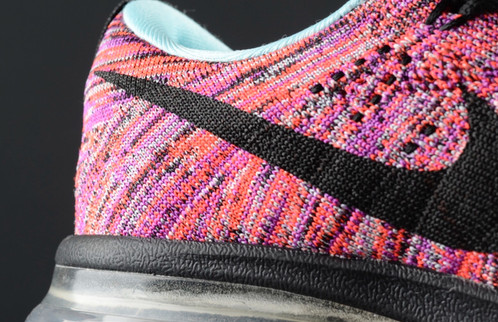 nike flyknit max pink
