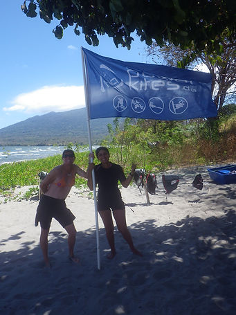 Sonia y Emmanuelle, los instructores de Sun kite School