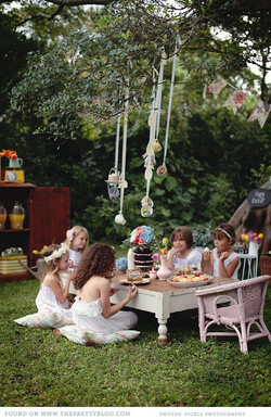 girls_tea_party.jpg