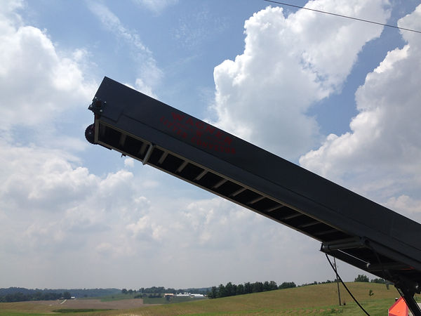 Showing more details of the Wagner Litter Conveyor.