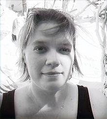 Abby%20Chew%20headshot_edited.jpg