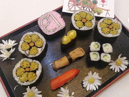Hoa Mai飾り巻き寿司とベジ寿司をつくろう! Hoa Mai Roll & Vege Sushi Workshop!