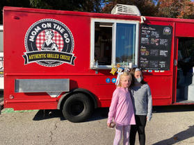 Mom On The Go Food Truck!