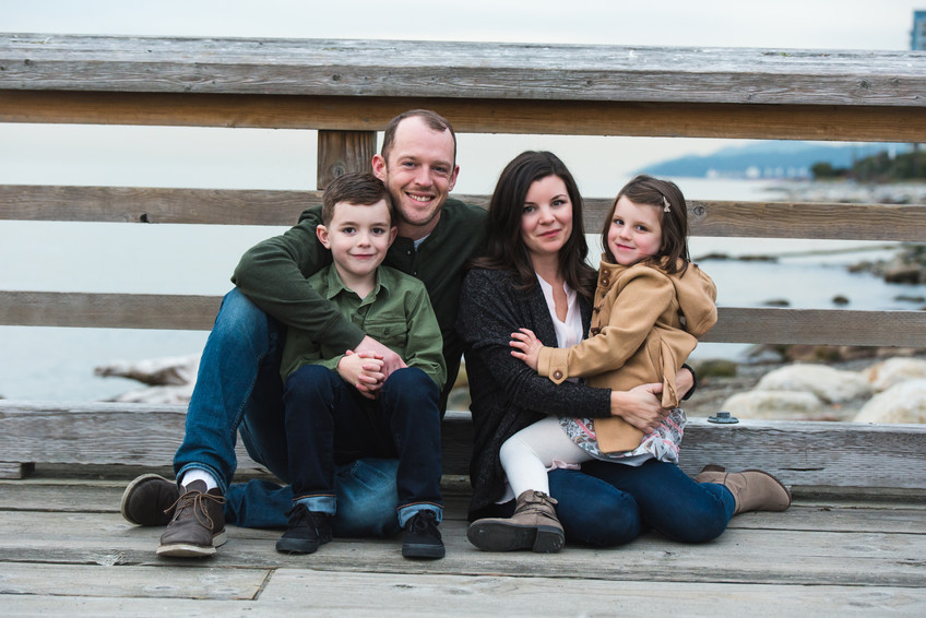 Family session at John Lawson Park {North Vancouver Photographer}