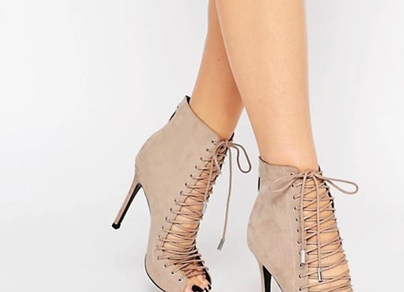 Kendall & Kylie Ginny Lace Up