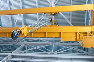 Factory overhead crane hook and chain.jp
