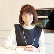 山根 ひとみ Hitomi Yamane