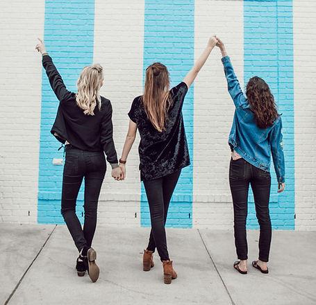 girl%20friends_edited.jpg