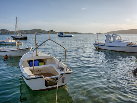 I malé čluny vChorvatsku s průkazem způsobilosti