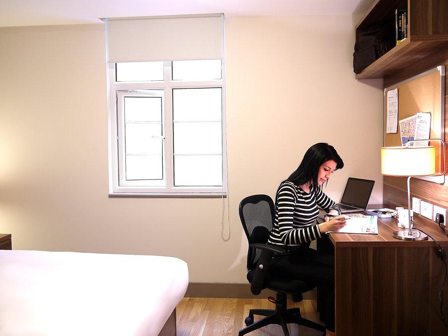 Bedroom_DeskGirl.JPG