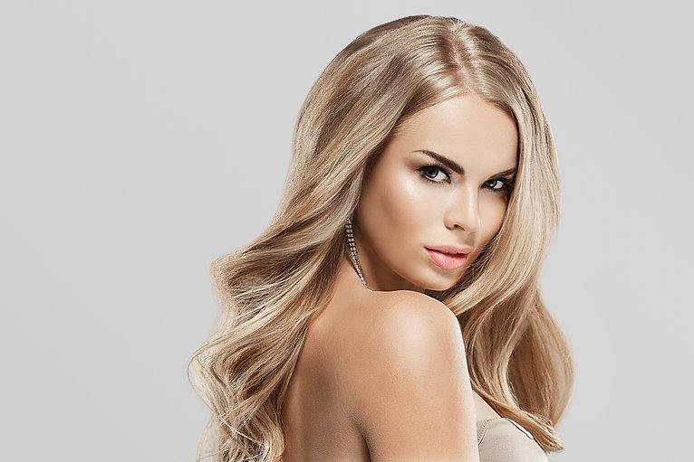 beautiful blonde hair highlights