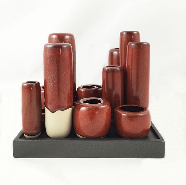 Louiselio céramiques, grès émaillé, composition rouge