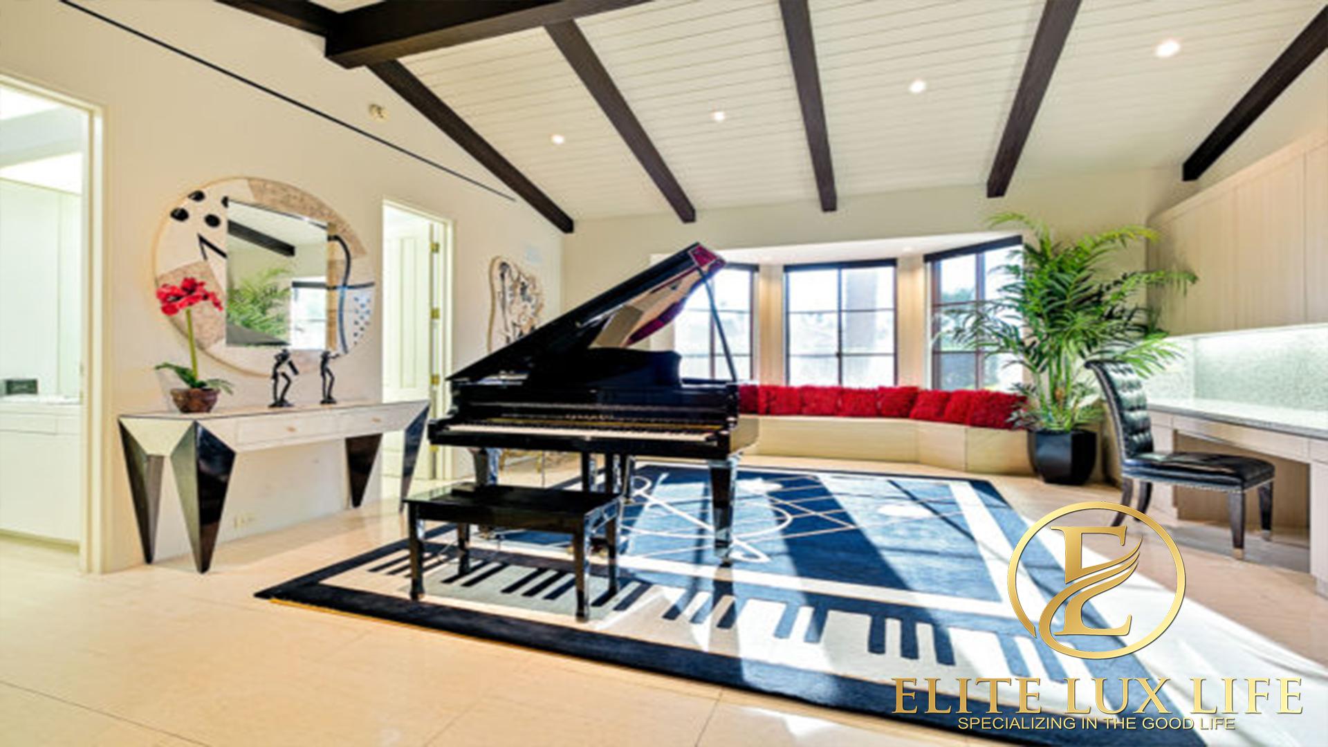 Delgado Elite Lux Estate 30