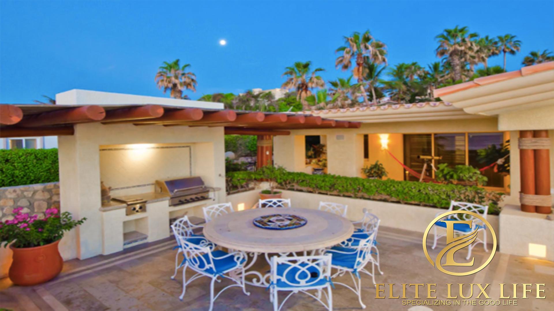 Elite Villa de la Playa 8