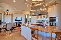 LaJolla-Luxury-View-Villa18-600x400