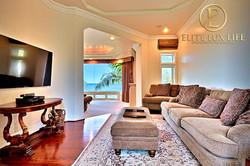 LaJolla-Luxury-View-Villa19-600x400