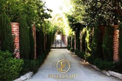 BeverlyHills-Ranch-Retreat5-600x400