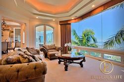 LaJolla-Luxury-View-Villa13-600x400