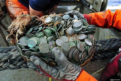 Frederic Bassemayousse - Photographe - Mi Air Mi Eau Photo, recovery, épave, wreck, silver coins, pièces d'argent, City of Cairo