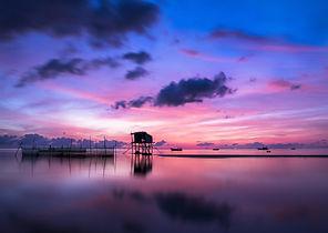 sunrise-1014710_1920.jpg